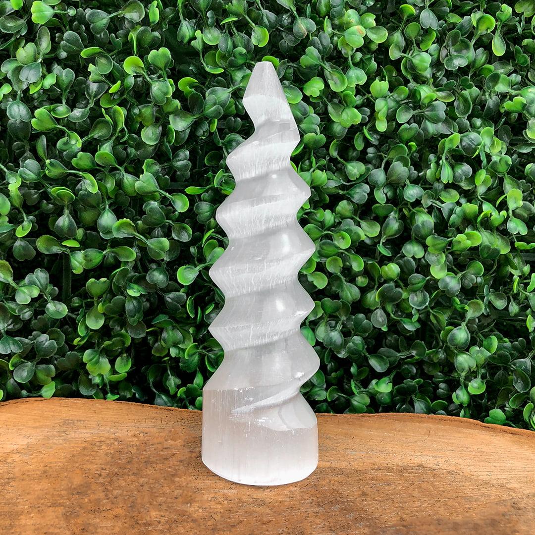 Torre de Selenita Branca Espiral 5479
