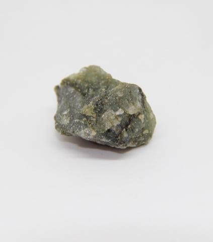 Pedra Labradorita Bruta 4,5 a 5,5 cm - Helena Cristais
