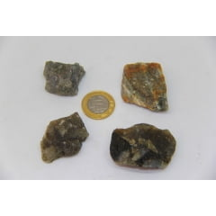 Pedra Labradorita Bruta 5,5 a 6 cm - Helena Cristais