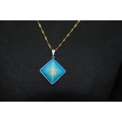 Pingente Pirâmide Pedra Opalina