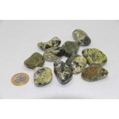 Pacote de Pedra Jade Nefrita 1Kg - Helena Cristais