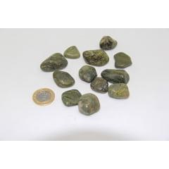 Pacote de Pedra Jaspe Verde 1Kg - Helena Cristais