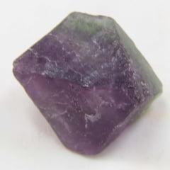 Pedra Fluorita em Cubo Bruta 2×2,5cm