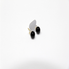 Brinco de Pedra Obsidiana Preta Esfera