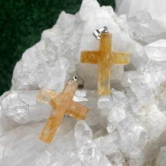 Pingente de Pedra Quartzo Hematóide Crucifixo - Helena Cristais