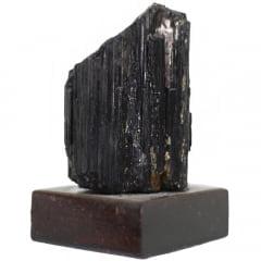 Pedra Turmalina Negra Bruta com Base 439g