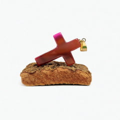 Pingente de Pedra Ágata Rosa Crucifixo