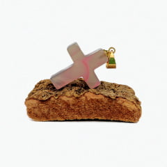 Pingente de Pedra Ágata Rosa Crucifixo - Helena Cristais