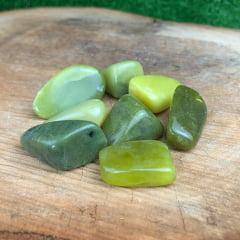 Pedra Jade Oliva Rolada 2,5×3,5cm